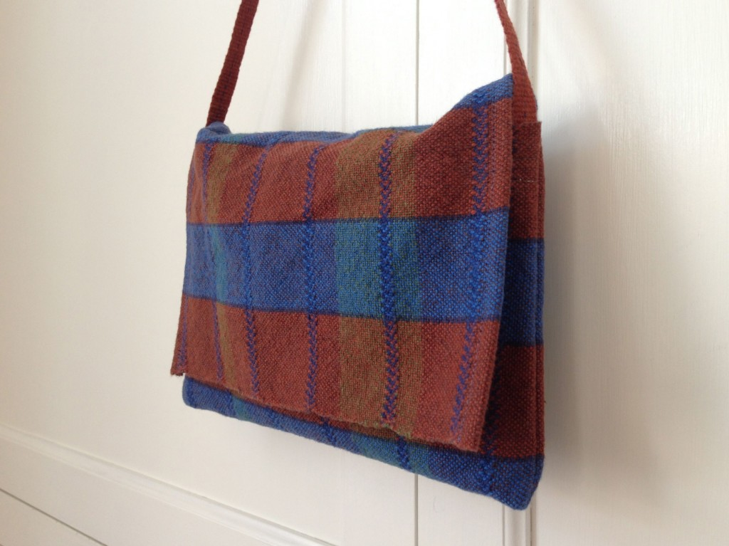 Handwoven cottolin purse