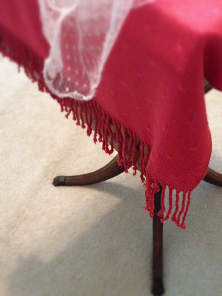 Bamboo huck lace small tablecloth.