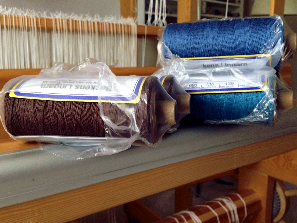 Ready to wind a linen warp!