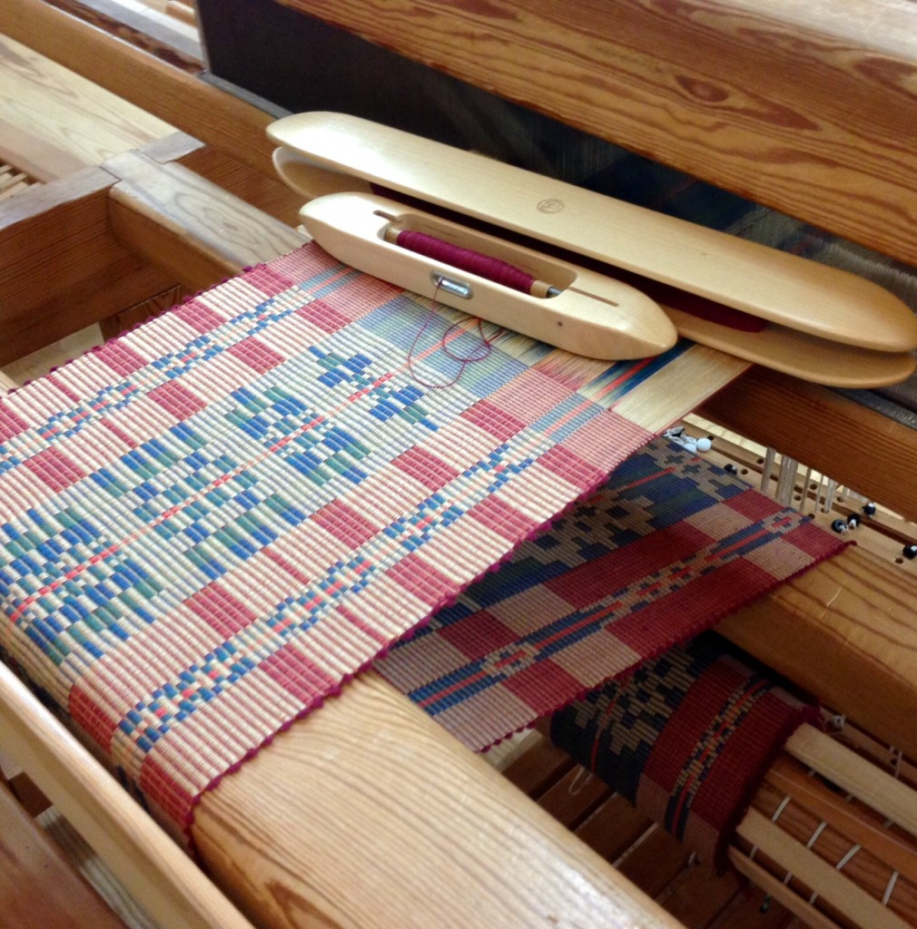 Rep weave on the loom at Vavstuga
