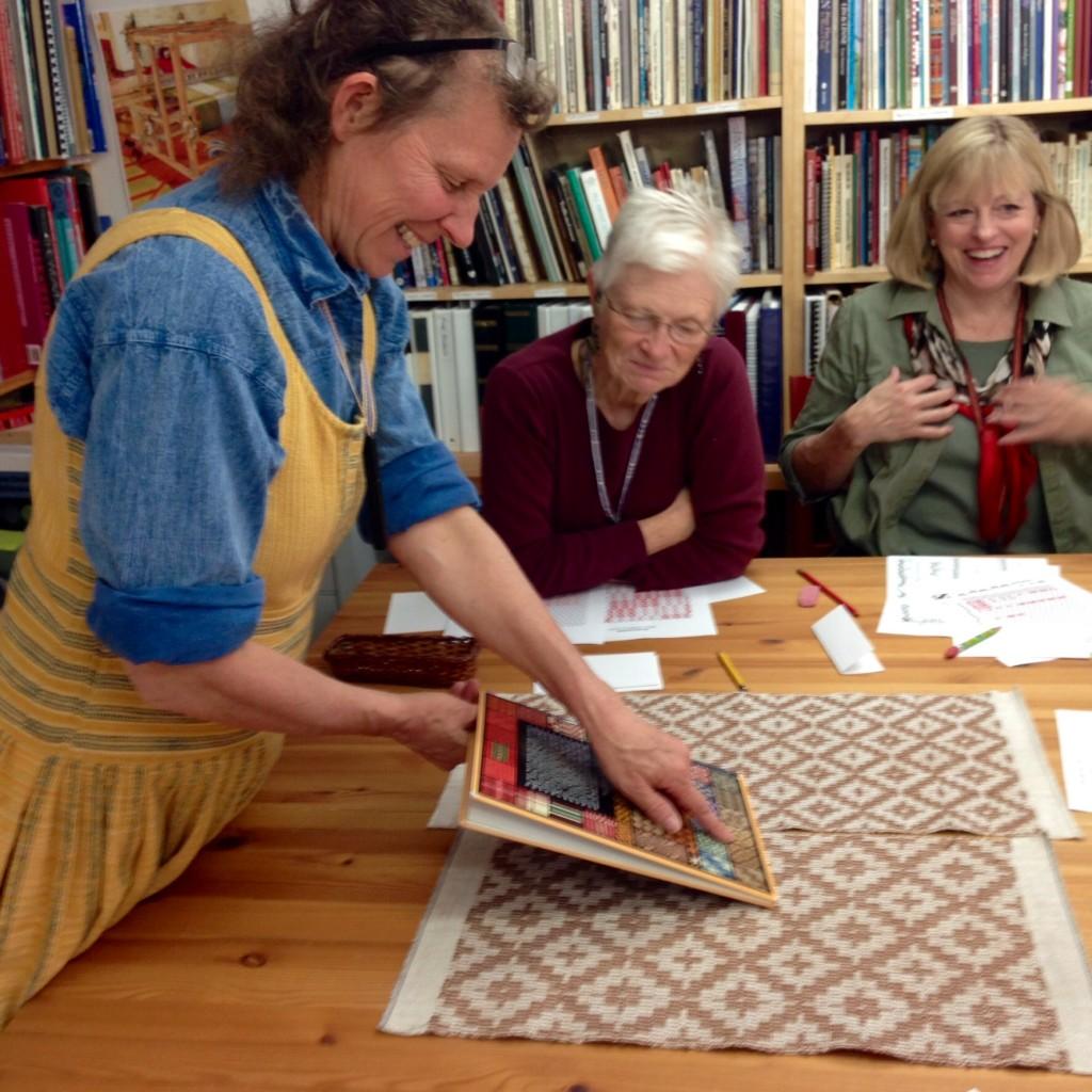 Becky Ashenden teaching More Swedish Classics at Vavstuga