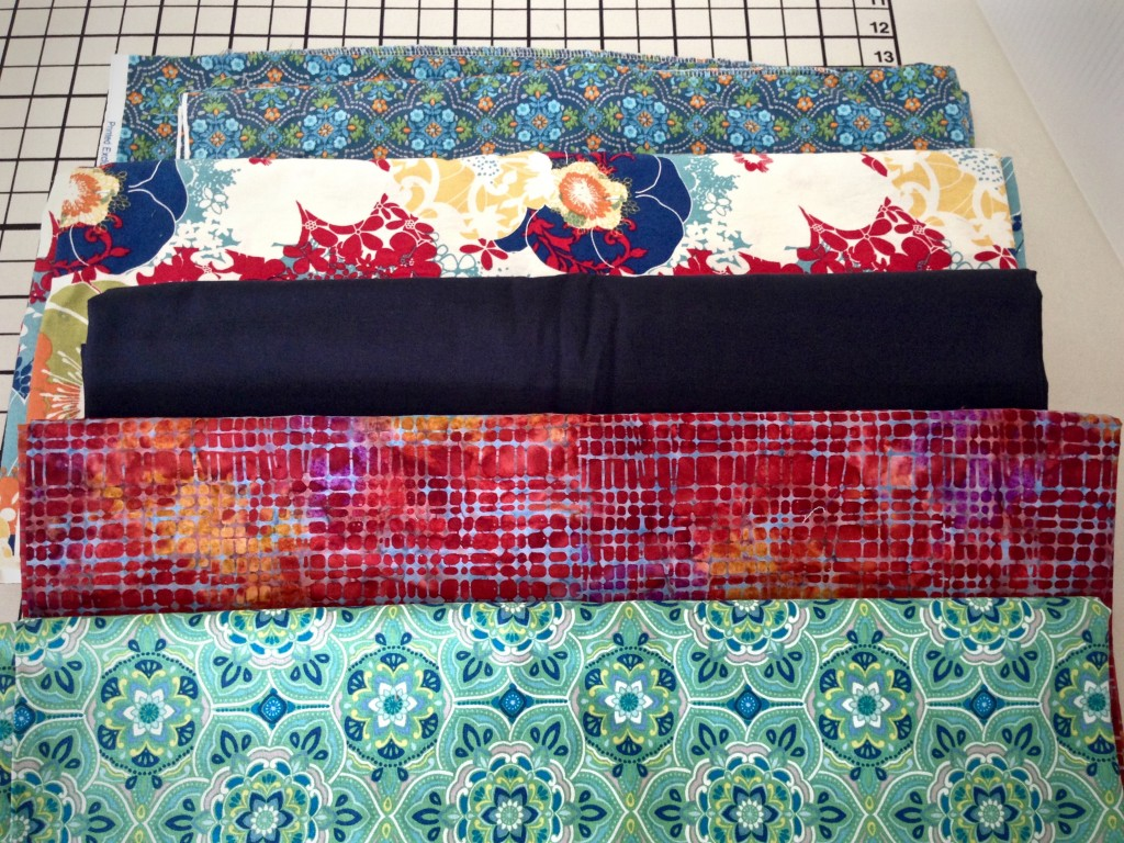 Fabric combinations for rag rug planning. Simple tutorial.