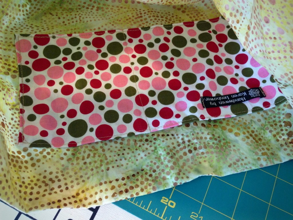 Adding pocket to lining for bag.