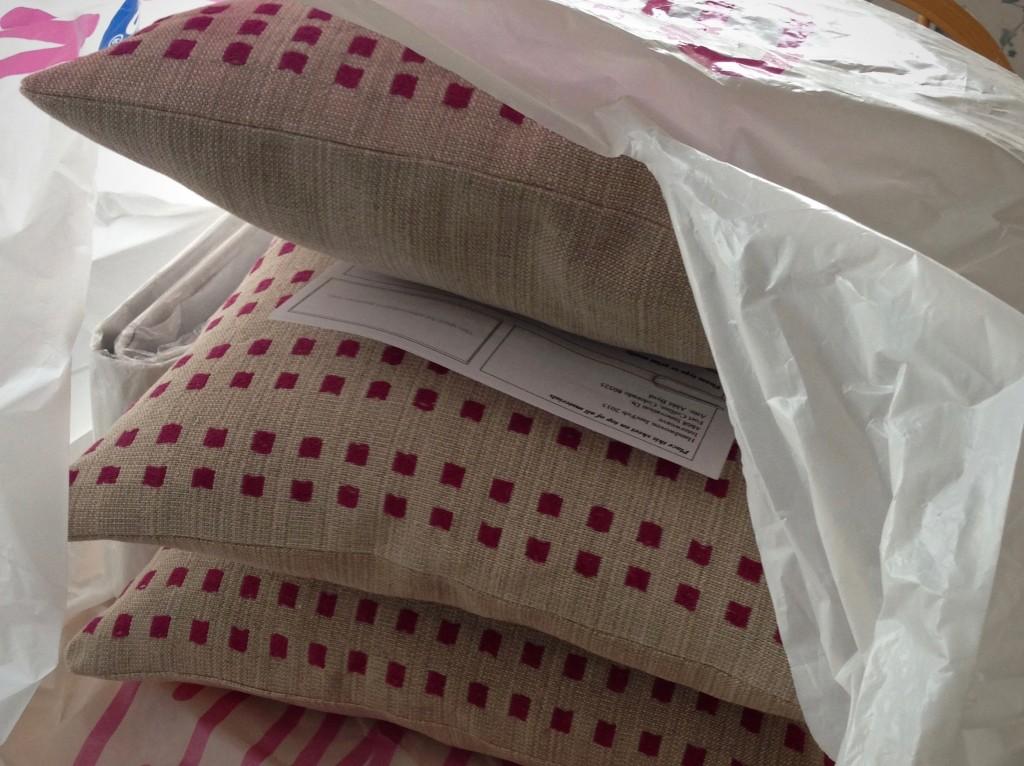 Linen dice weave pillows. Karen Isenhower