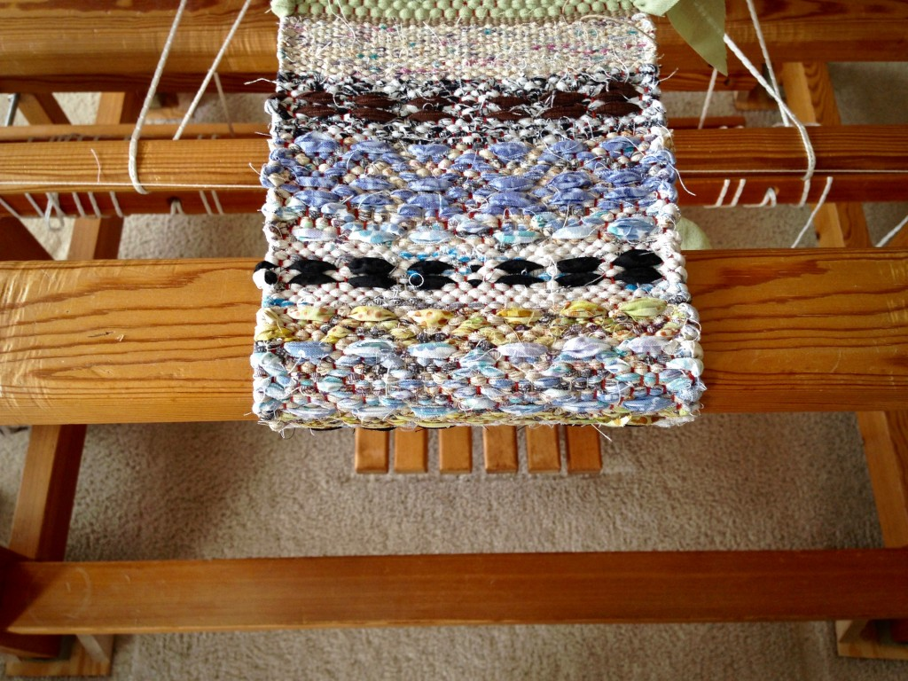 Mini Rosepath Rag Rug on the Loom