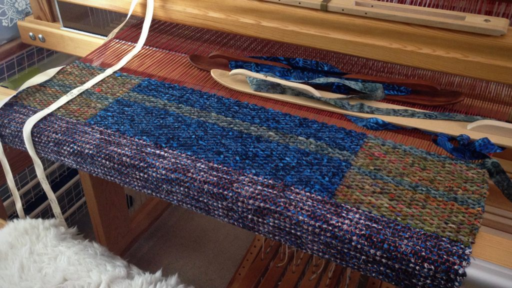 Double binding rag rug on the Glimakra Standard loom, with 8 shafts, 6 treadles.