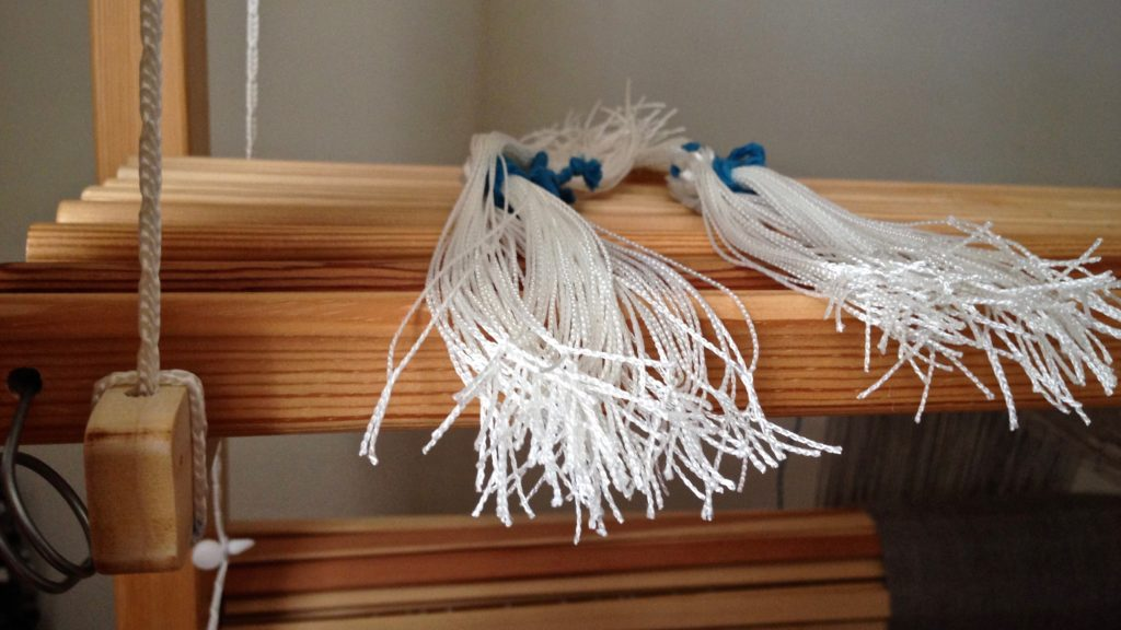 Texsolv heddles are easy to move around!