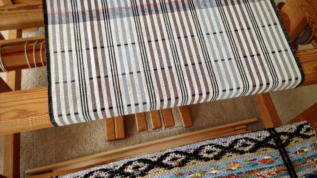 Plattväv towels on the loom. Karen Isenhower
