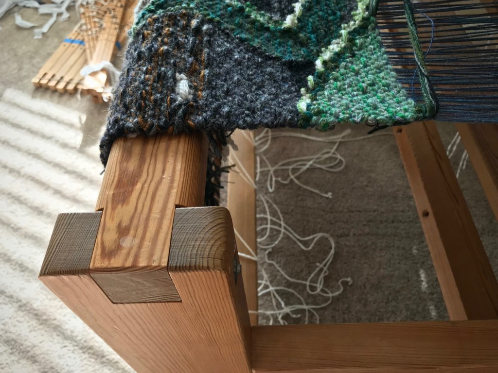 Moving a loom without ruining a tapestry in progress!