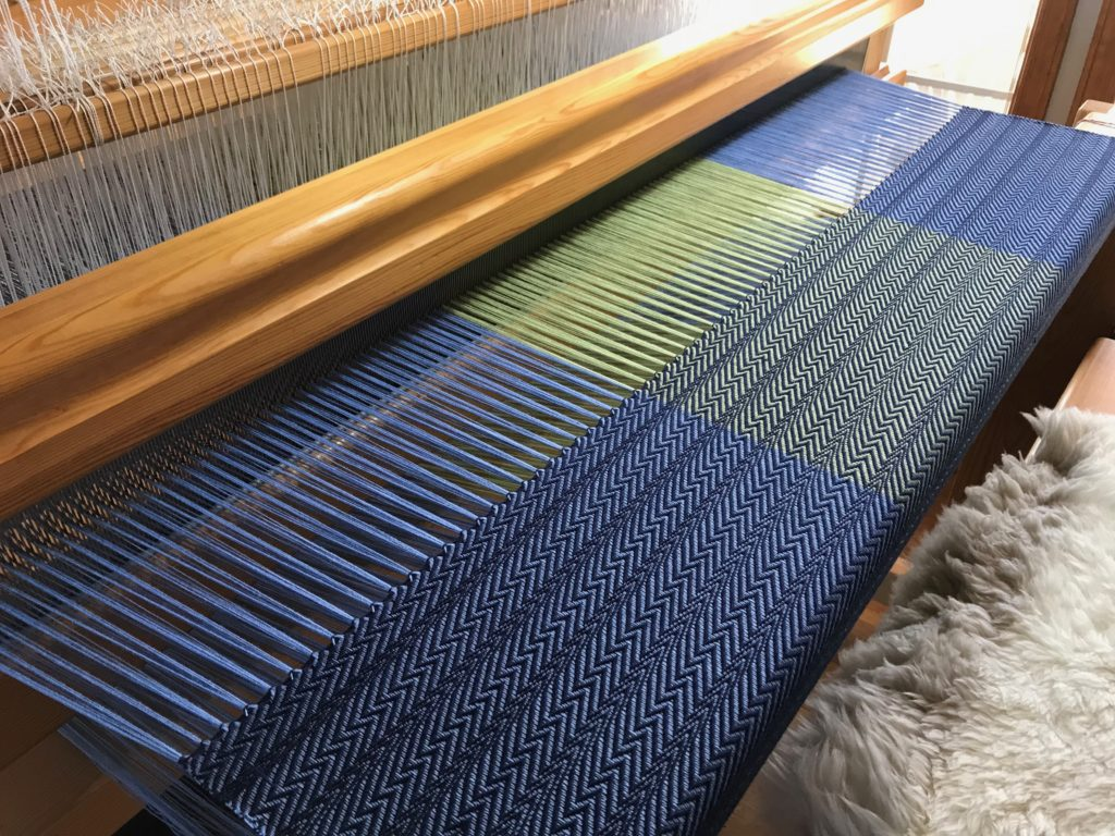 8-shaft twill. Fun with patterns.