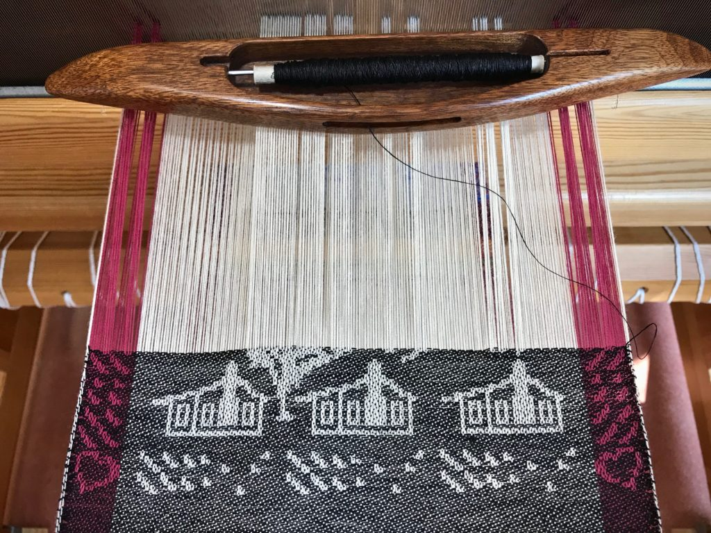 Drawloom weaving, using the Myrehed Combination.